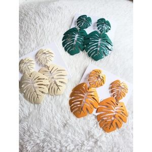 Beautiful Palm Leaf earrings